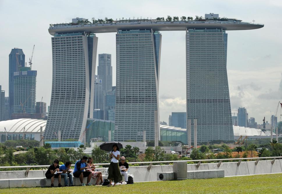 au ergew hnliche architektur marina bay sands singapur. Black Bedroom Furniture Sets. Home Design Ideas