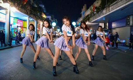 Pháo: 2 Phút Hơn (KAIZ Remix) Dance Challenge by Junto Dance Crew Việt Nam